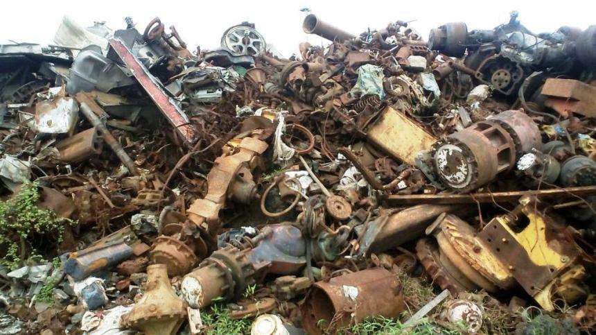 Des déchets ferreux.